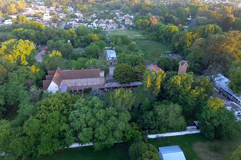 Casa de Jóvenes - Loma de Mariló